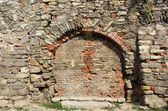 Ancient boundary wall rebuilt — Stock Photo