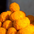 Indian sweets. chick-pea balls of flour and syrup — Stock Photo