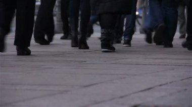 Feet of people walking. City rush. St. Petersburg. Russia — Stock Video