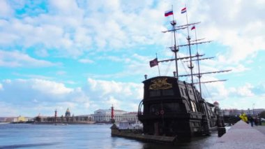 Sailing ship. St. Petersburg. Russia — Stock Video