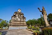 Posąg buddy w stylu hinduskich, nhongkhai prowincji tajlandii — Zdjęcie stockowe