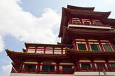 Buddha Tooth Relic Temple in China Town Singapore — Stock Photo