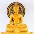 Golden buddhstatue — Stock Photo #36379397
