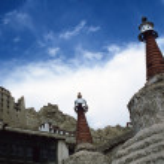 Big chortens and ruins of leh palace in Ladakh, Indian Himalayas — Stock Photo #32349665