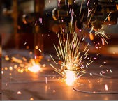 Fireworks of CNC LPG gas cutting close-up — Stock Photo