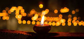 Flamme d'une bougie à nuit closeup — Photo