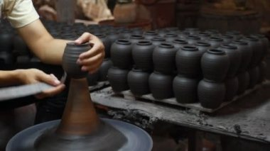 Hands making clay pot — Stock Video