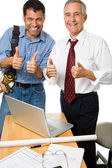 Thumbs-up Architect and Contractor — Stock Photo