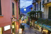 Bellagio, OCTOBER 12, 2013: Picturesque small town street view in Bellagio — Stock Photo