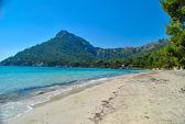 Beach and mountain — Stock Photo