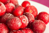 The frozen berries of a cranberry — Stock Photo