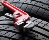 Herramientas y rueda — Foto de Stock