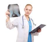Dottore femminile esame a raggi x — Foto Stock