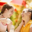 Two Girls At A Cafe — Lizenzfreies Foto