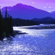 Mountains And A River Jasper National Park Alberta — Стоковая фотография