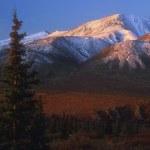 Snow Covered Mountain Range — Stock Photo