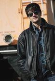 Man bär solglasögon — Stockfoto