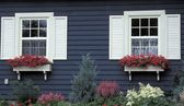 Exterior Of House And Gardens — Stock Photo
