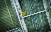 Old Door With Cracked Glass — Stock Photo