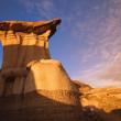 A Hoodoo In The Badlands, Drumheller, Alberta, Canada — Stock Photo
