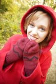 Teenager With Mittens — Stock Photo