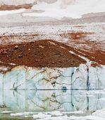 A Frigid Mountain Lake — Stock Photo