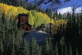 Rustic Abandoned Mining Structure Near Guston Mining District, Ouray County — Stock Photo
