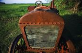 A Rusty Old Tractor — Stock Photo