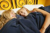 Girls Have A Sleepover — Stock Photo