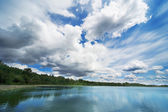 Cloud Formation Over Body Of Water — Stock Photo