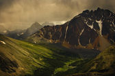 Storm Clouds In Valley — Stockfoto