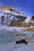 Angel Glacier, Mount Edith Cavell, Jasper National Park, Alberta, Canada — Stock Photo