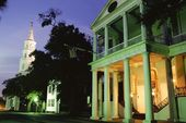 Historic Main Street At Night, Charleston, South Carolina, Usa — Stock Photo