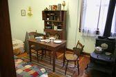 Antigua vivienda de una habitación — Foto de Stock
