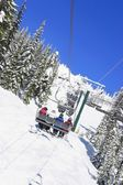 Ski Lift With Four People In It — Stok fotoğraf