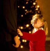 A Girl At Christmastime — Stock Photo