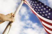 Raising An American Flag — Stock Photo