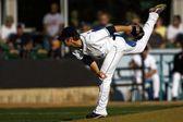 A Baseball Playing Throwing The Ball — Stock Photo