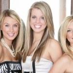 Three teenage girls — Stock Photo #31797995