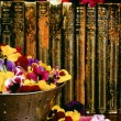 Historic Books And Floral Arrangement — Stock Photo #31798781