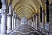 Doge's Palace, Venice, Italy, Passageway — Stock Photo