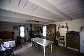Interior Of Old Fashioned Cabin, Fort Edmonton, Alberta, Canada — Stockfoto