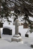 Gravestones In A Cemetery Covered In Snow — Stock Photo