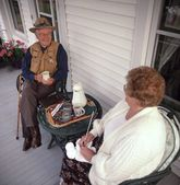 Couple On The Porch — Stock Photo