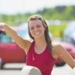 Woman Outdoors At A Car Dealership — Stock Photo