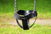 Empty swing — Stockfoto