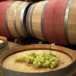 Grapes on the barrel — Stock Photo