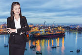 Asian businesswoman crossed her arms over her chest — Stock Photo
