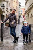Mother and son on Budapest street — Foto de Stock