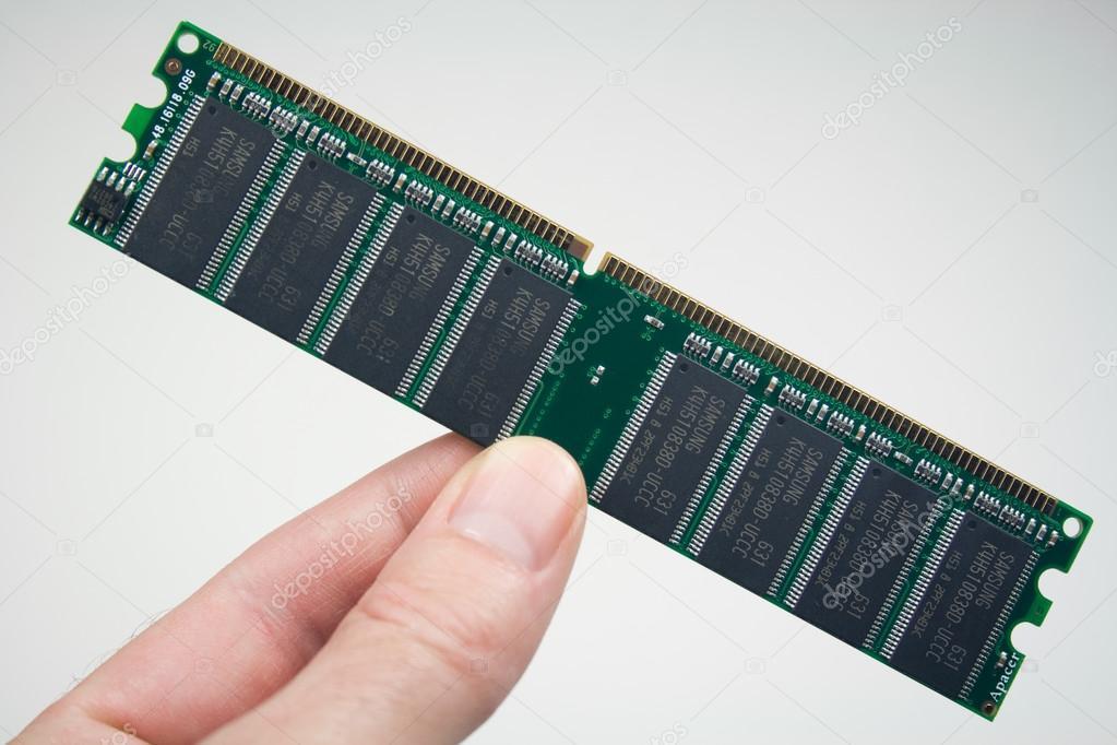 Микросхемы памяти компьютера